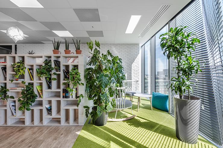 có nên chọn thiết kế văn phòng xanh