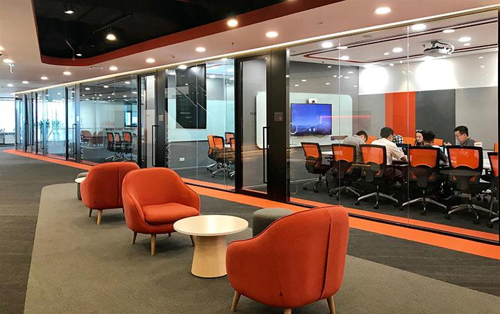 không gian văn phòng mở của shopee
