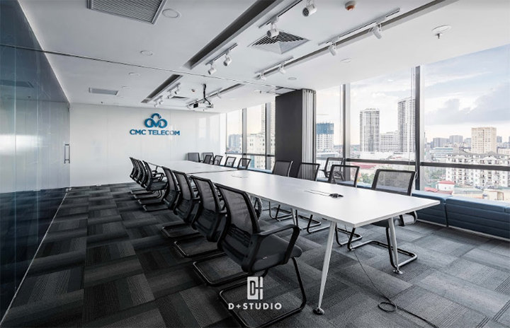 Thiết kế phòng họp rộng rãi tăng sự tương tác giữa các cá nhân