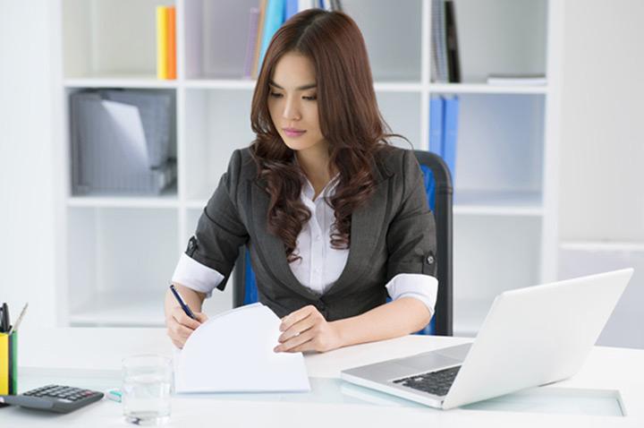 bố trí văn phòng theo không gian đóng tăng sự tập trung