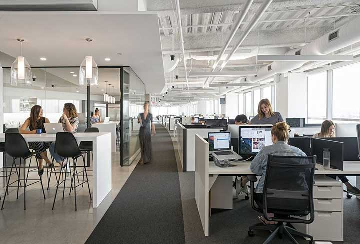 văn phòng kín có những nhược điểm nhất định khi so sánh với văn phòng mở