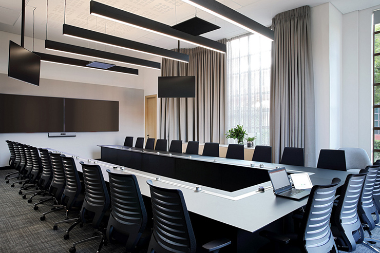 tiêu chuẩn vị trí đặt phòng họp