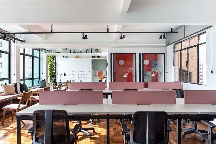 bố trí nội thất văn phòng làm việc độc đáo