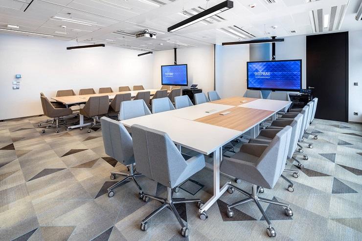 Nội thất phòng họp hiện đại, tiện nghi chuyên nghiệp.