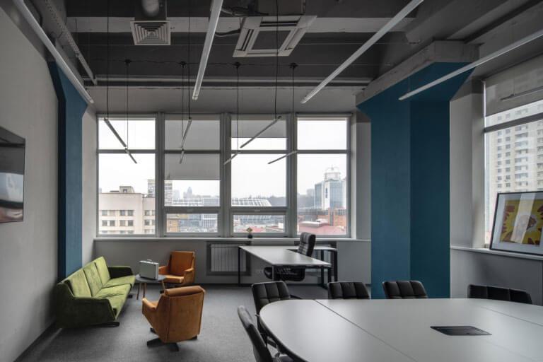 Lựa chọn nội thất phù hợp là yếu tố tiên quyết để có một văn phòng đẹp