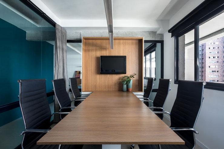 Thiết kế trong phòng họp cũng đề cao tính đơn giản để tạo sự thông thoáng, rộng rãi cho không gian