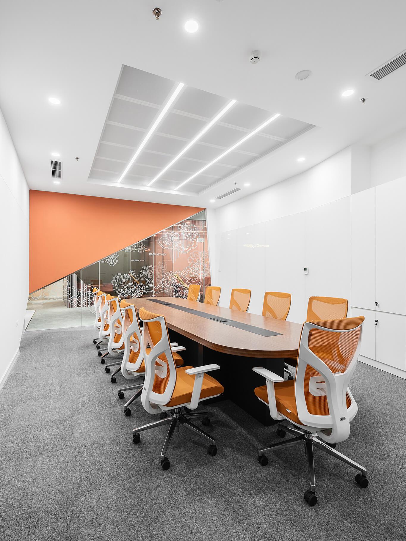 Phòng họp lớn tại HigiCommerce