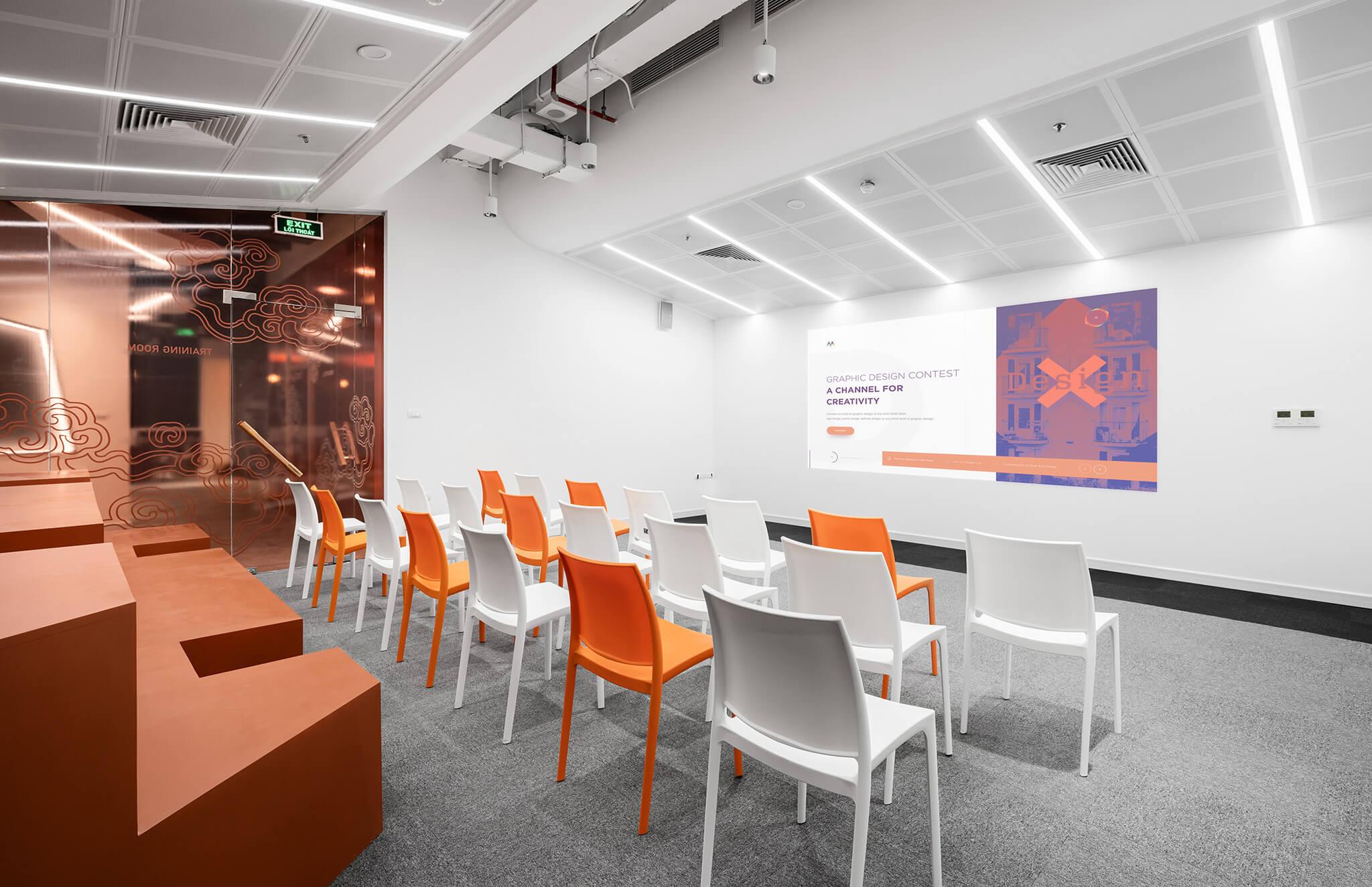 Phòng training tại HignCommerce