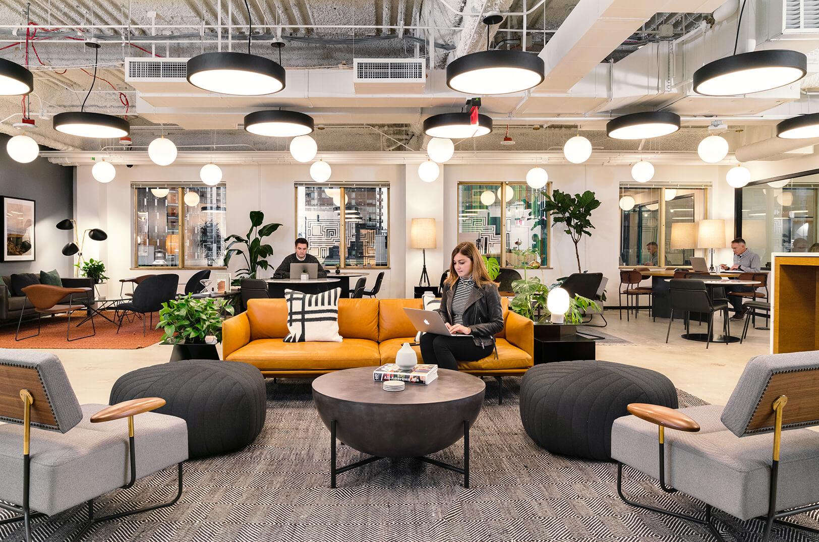 Văn phòng chia sẻ thiết kế gần gũi, tăng tương tác giữa các nhân viên
