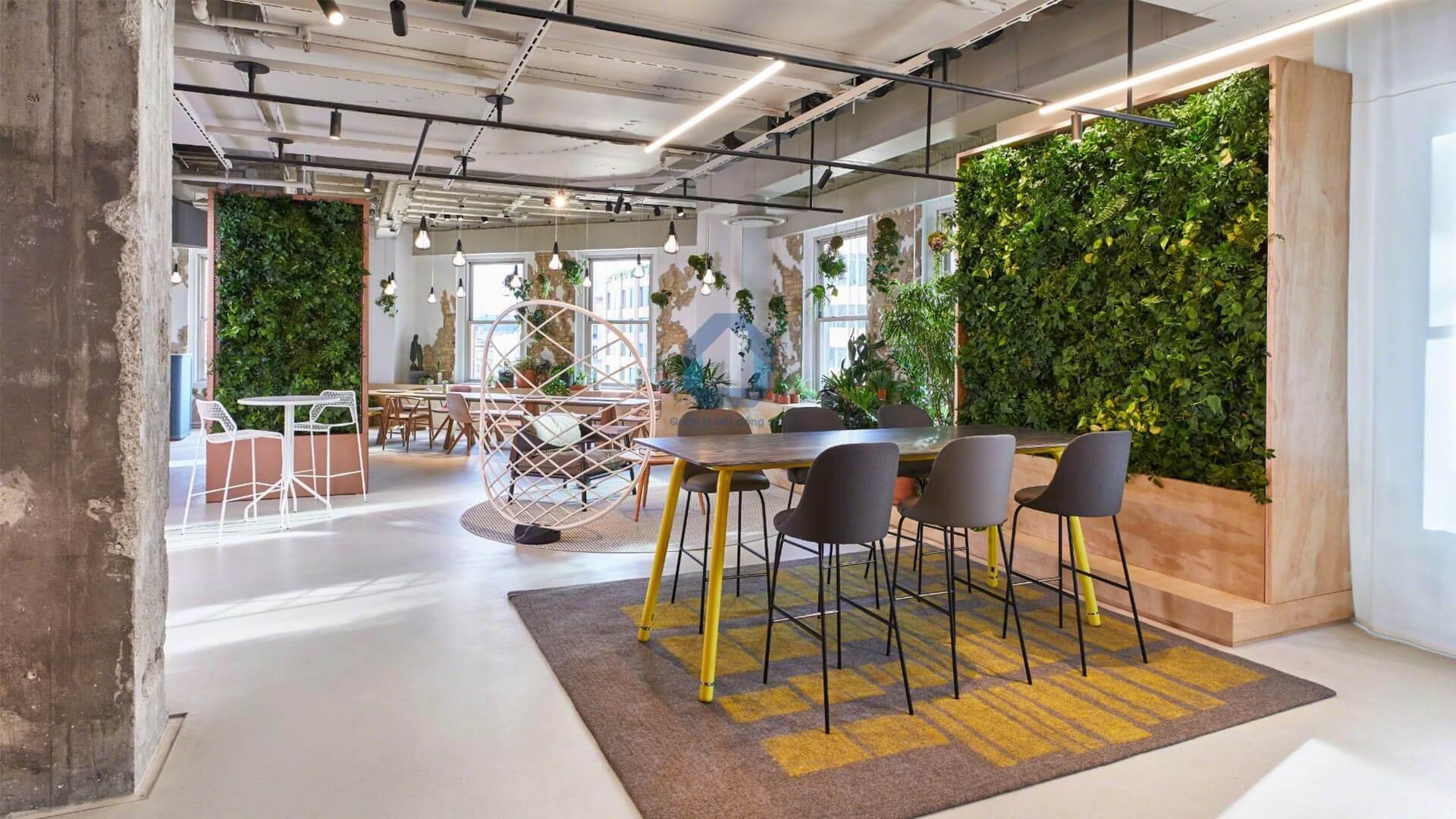 Văn phòng sử dụng cây xanh làm tường