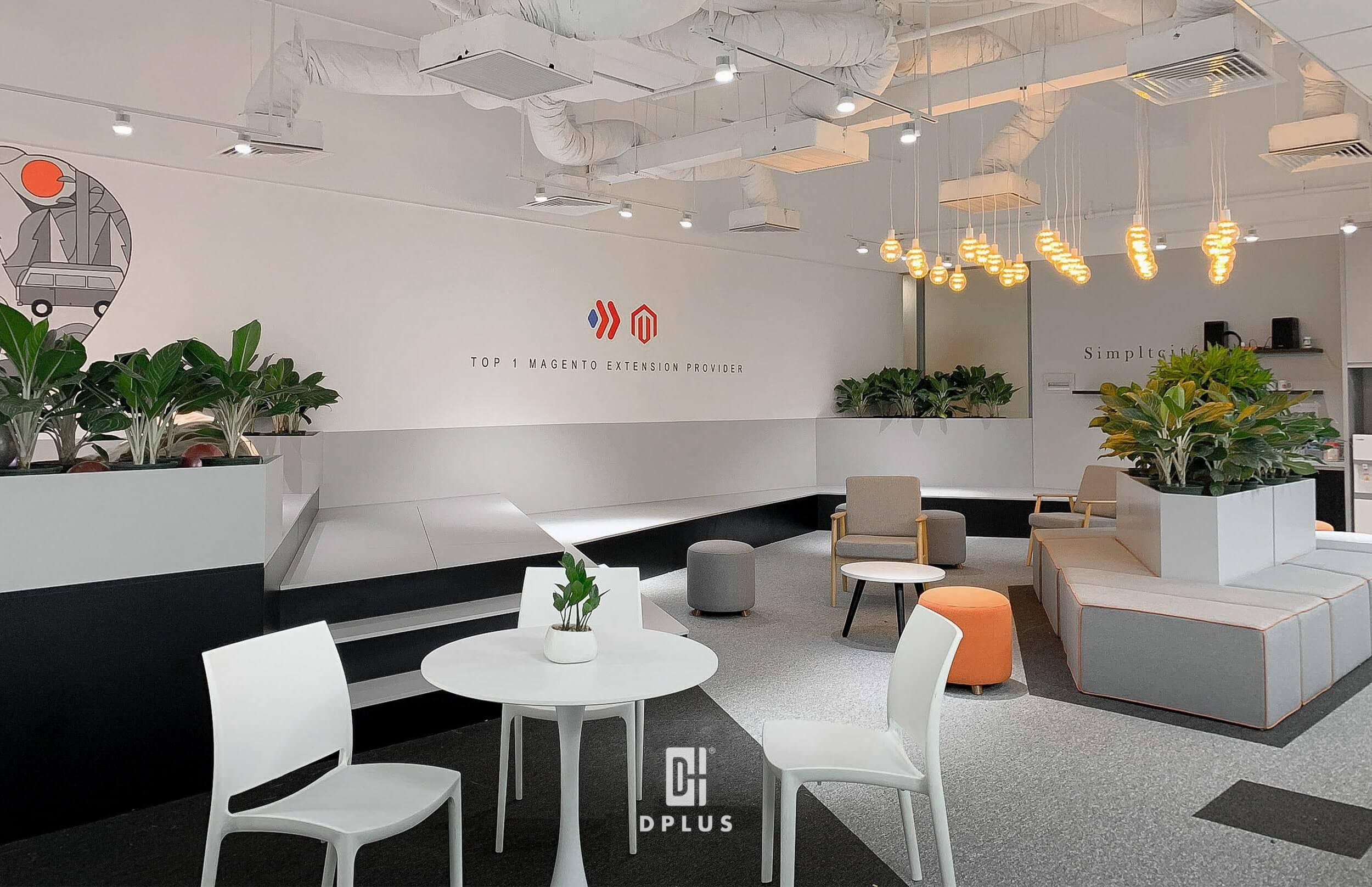 """Văn phòng Magezon khắc phục vấn đề diện tích nhỏ và chi phí thiết kế không cao bằng cách tạo ra một """"công viên mini"""" cung cấp đầy đủ khu vực làm việc và khu vực chức năng."""