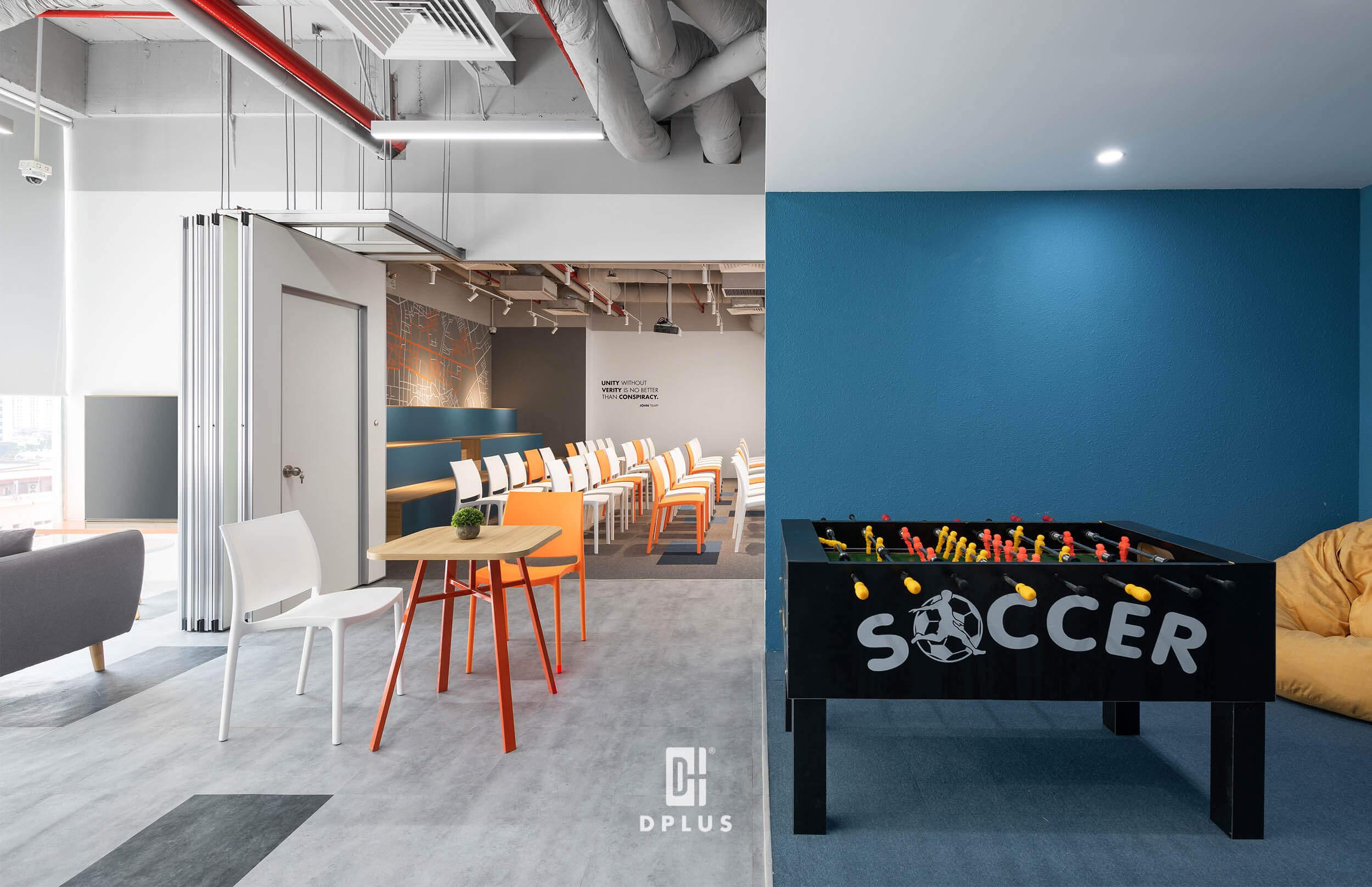 Không gian thư giãn giải trí tại văn phòng công ty DLS với bàn chơi ping pong